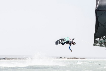 Constantly-Kiting-Learn-Kitesurfing-Cape Town